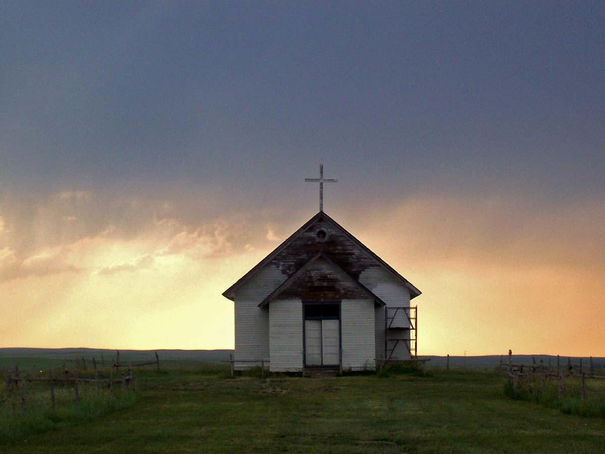 Little_church_on_the_prairie_resize.jpg