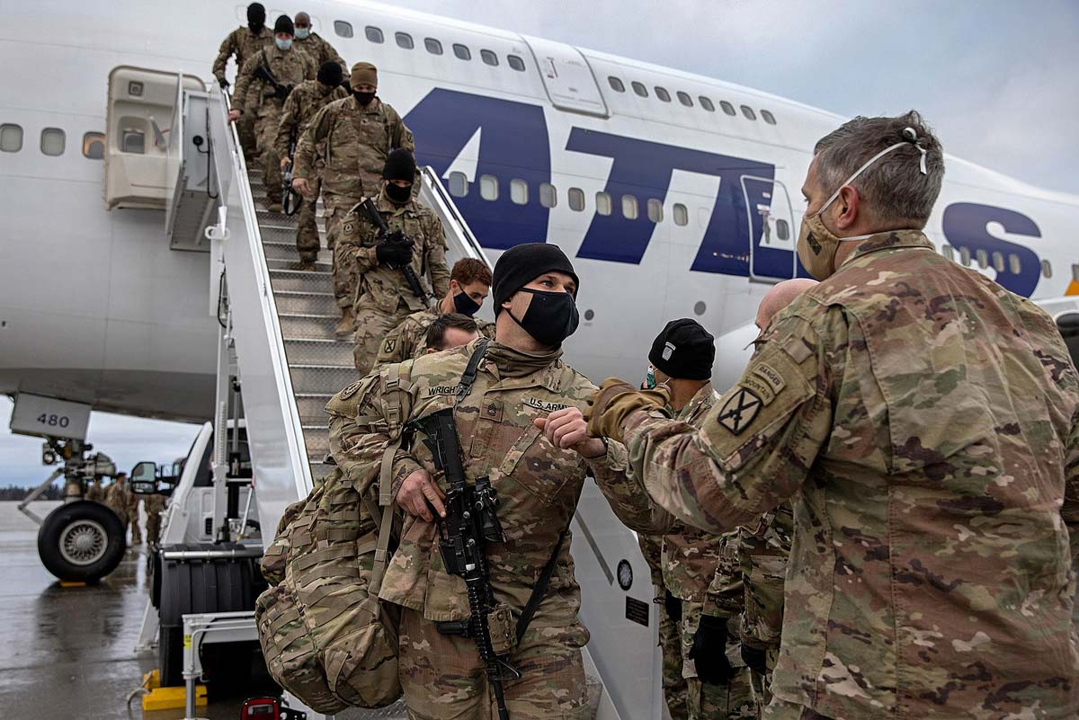 1617px-America_Withdraw_from_Afghanistan_resize.jpg