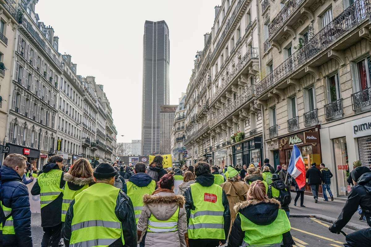 Yellow_vests_protest2_resize.jpg